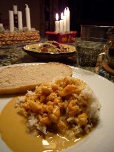 Curryrakor med ris