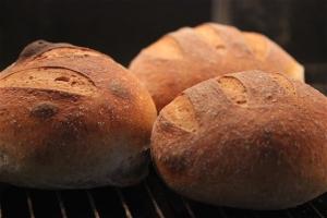 Nygräddat bröd - hur gott som helst